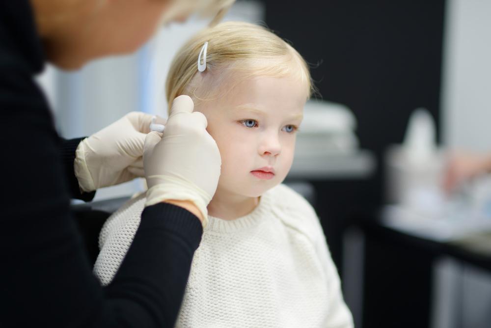 Buchi orecchie bambini