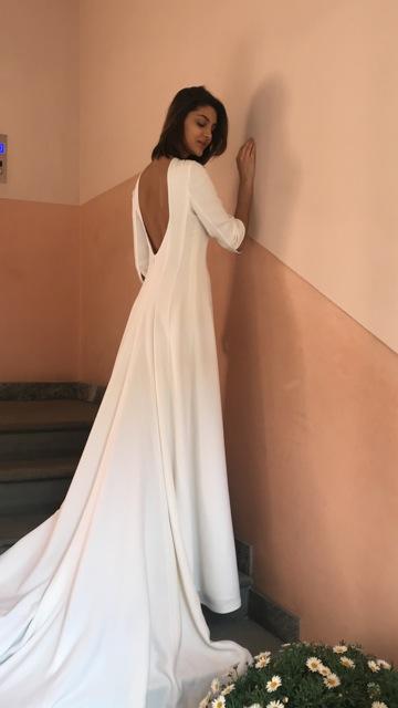 abito da sposa redingotte