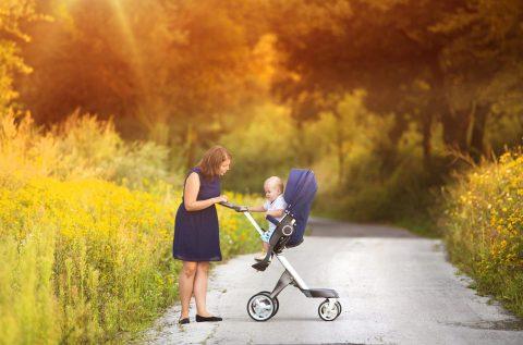 passare dal passeggino fronte mamma a fronte strada