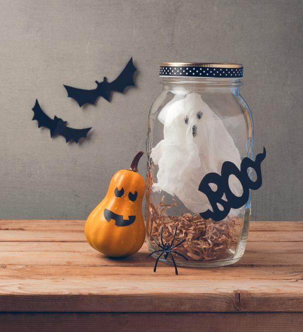 lavoretto per festeggiare Halloween con i bambini