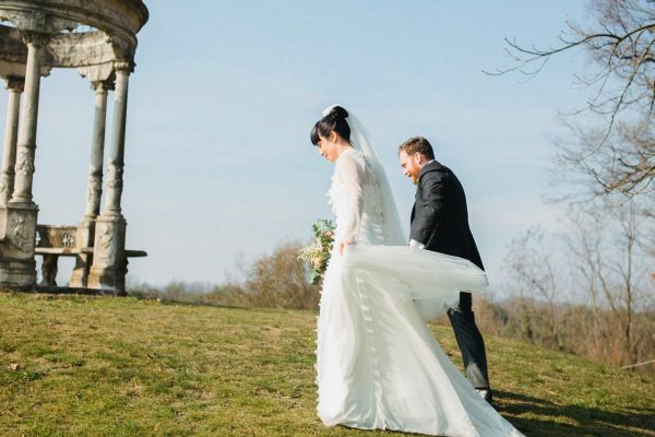 coppia che ha deciso di sposarsi in inverno