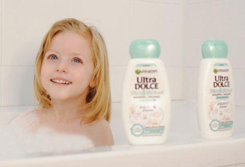 lavare i capelli ai bambini ultradolce shampoo