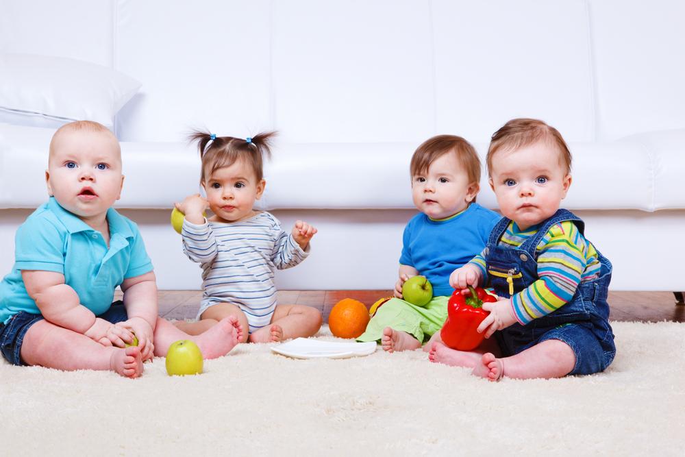 frutta ai neonati