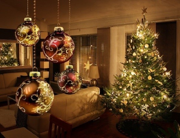Christmas tree reflections in living room